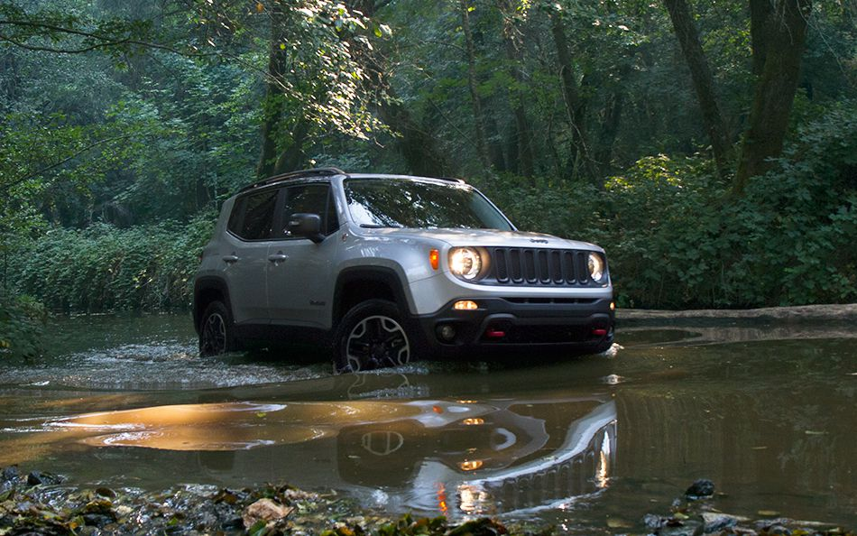 7 Reasons to Buy the 2015 Jeep Renegade at Bayside Chrysler Jeep Dodge
