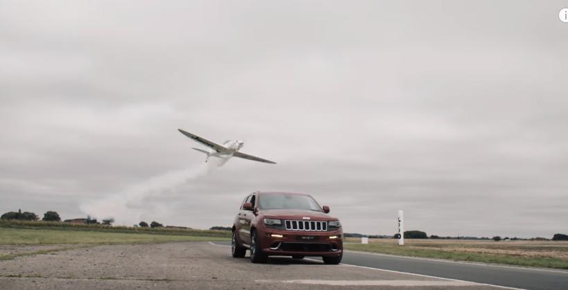 jeep-vs-plane